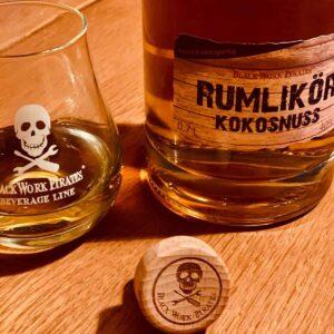 Black Work Pirates Rumlikör