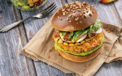 Vegan kochen mit Weizenprotein: Pflanzliche Eiweißquellen als Soja-Alternative